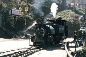 Toy Train, Darjeeling (India)